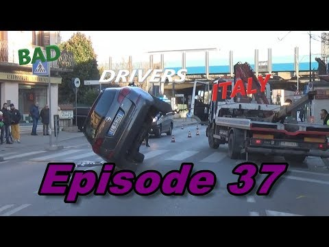 Bad Drivers on Italy Streets + Car Crash // DashCam Episode 37