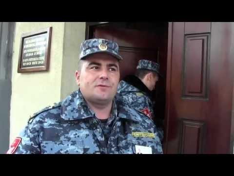 Cinci deputați au venit P13, pentru a-l vizita pe Vlad Filat