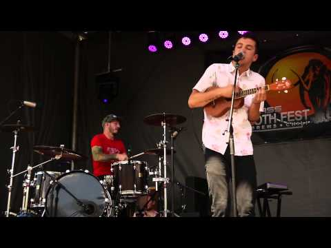 twenty one pilots - Screen (Live) - Snowmass Mammoth Fest 2013