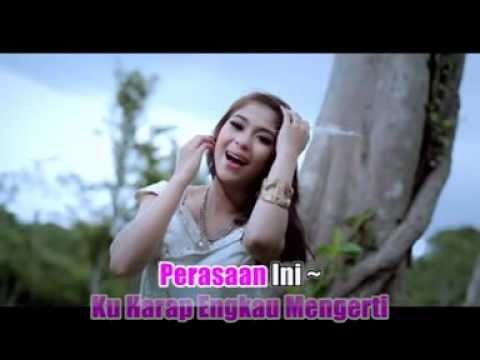 Free Download Elsa Pitaloka & Thomas Arya - Kasih Pujaan Mp3 dan Mp4