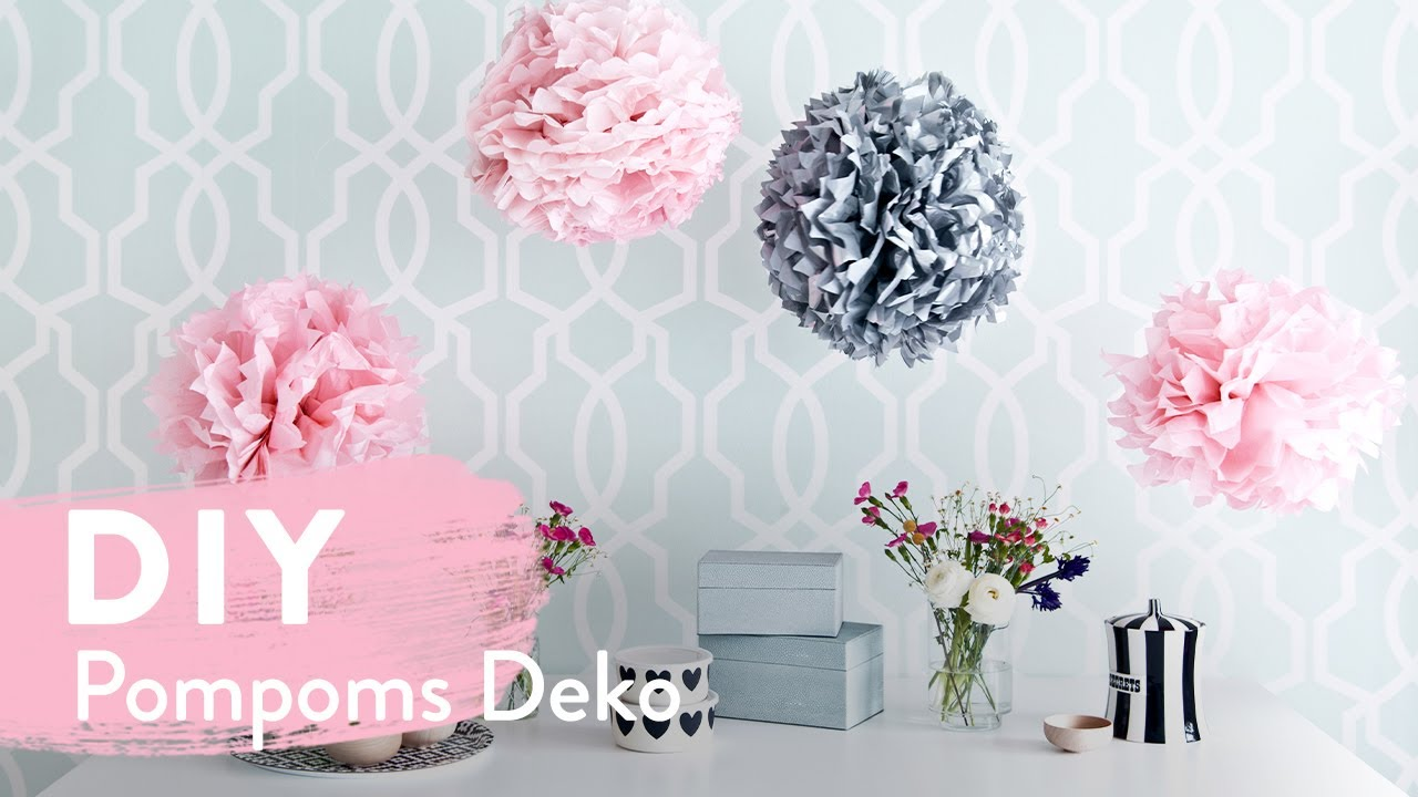 diy pompoms deko zum selbermachen westwing diy tipps youtube. Black Bedroom Furniture Sets. Home Design Ideas