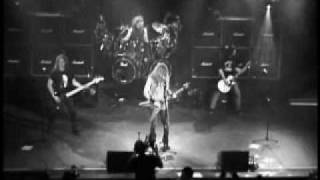 Megadeth- Train Of Consequences (Live)