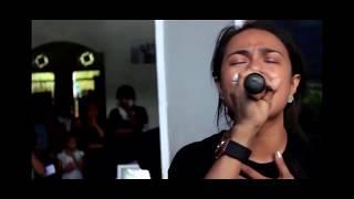 Video Mengharukan Video Mitha Talahatu dan Marthin Maspatella download MP3, 3GP, MP4, WEBM, AVI, FLV Oktober 2017