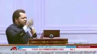 AU COMMENCEMENT DIEU (ALPHA 30)  AVEC  PAST  MARCELLO TUNASI