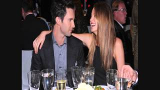 Video Adam Levine & Behati Prinsloo.Love Story! Fix You by Coldplay download MP3, 3GP, MP4, WEBM, AVI, FLV Mei 2018