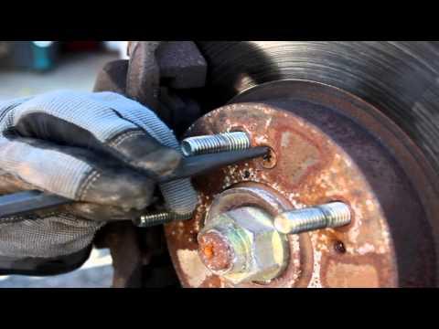 Brake Repair, 2001 Honda CRV, How to Remove the Rotor Screws