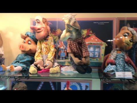 Vlog Новосибирск Золотое яблоко. Кукольный театр. Логос. Клубника и грибы в коробке