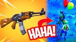 MOET DE AK-47 IN FORTNITE?! NIEUWE BALLOON BUGS! Fortnite Battle Royale