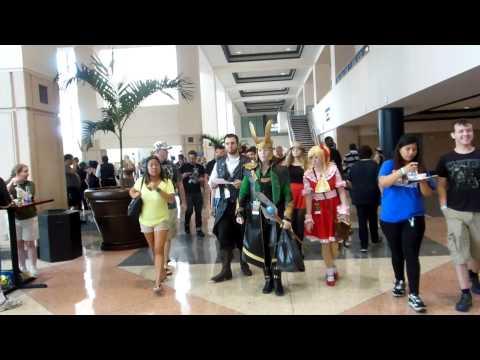 Metrocon 2014 Tampa Convention Center part 4 walking around