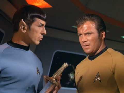 Star Trek - Enterprise Crew vs. Klingon