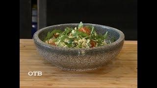 Готовим витаминный салат с орешками