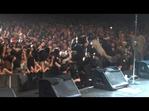 Akon live in Japan