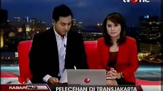 Repeat youtube video Pelecehan Seksual di Bus Transjakarta [Sabtu, 31 Agustus 2013]
