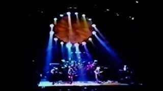 Scarlet Begonias ~ (2 cam) - Grateful Dead - 10-14-1994 Madison Square Garden, NY (set2-01)