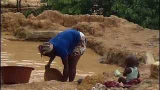 Kouroussa: mining for gold, steps 2 & 3, pound it & rinse it