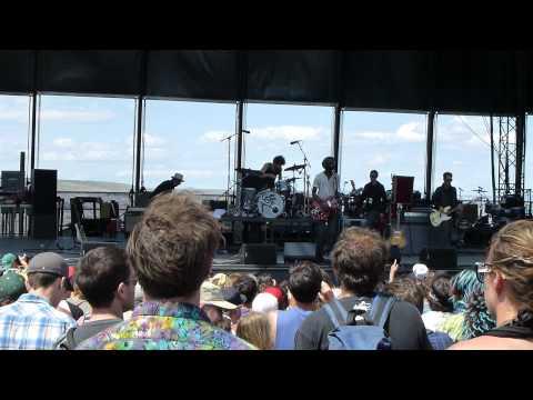 Gary Clark, Jr. - When My Train Pulls In - 2012 Sasquatch Music Festival
