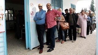 Présidentielle en Tunisie : Béji en tête, 2nd tour probable