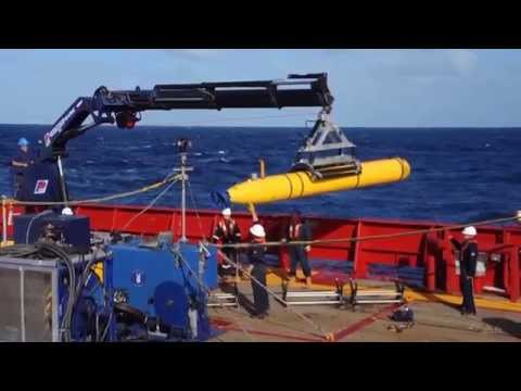 U.S. Navy - Robotic Submarine Bluefin 21 Joins the Search for Malaysian Airlines Flight 370!