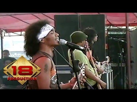 Slank - Solidaritas Slank  (Live Konser Lampung 27 Juni 2006)