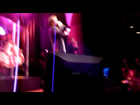 Nick Moran karaoke Sweet Caroline