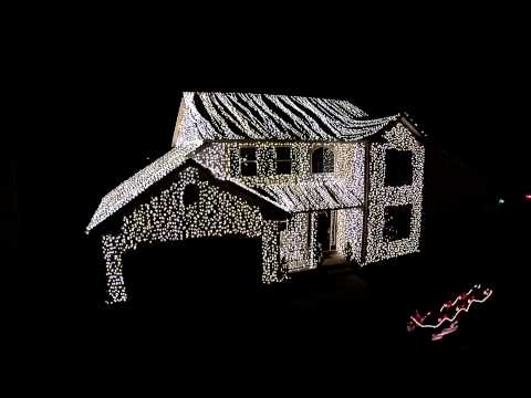 Don Action Jackson - Check Out This Wadsworth, Ohio House W/ Griswald-Style XMAS Lights