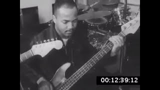 (BASS+VOICE) James Jamerson with Levi Stubbs - Standing in the shadows of love
