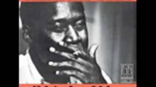 Memphis Slim - Sassy Mae blues