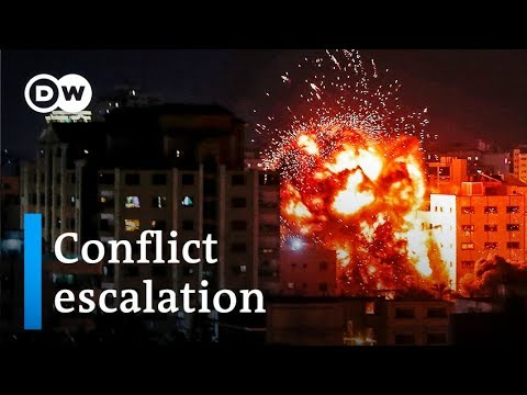 Israel Gaza border: Airstrikes and rocket fire reignite hostilities | DW News
