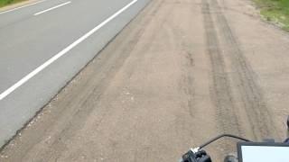 Не быстрый обгон колонны на трассе с каким то ломом(подготовка)...