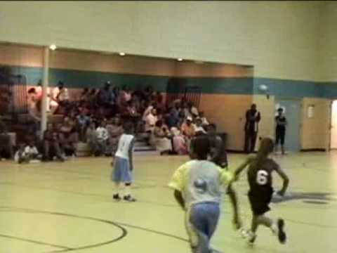 8yr old Detroit Basketball Prodigy _ LJ Sanders