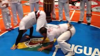c mestre coringa e professor charles kabula capoeira 2014 roda do curso do mestre jaguara sp