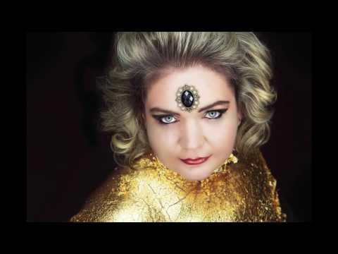 Making Of Extrem Make Up - Gold  - Fotoshooting