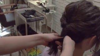 佐藤麗奈さんの編み込み、くるりんぱアレンジ動画です。 髪の毛が短くて...
