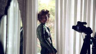 HARPER'S BAZAAR TV - Behind the cover: Miranda Kerr