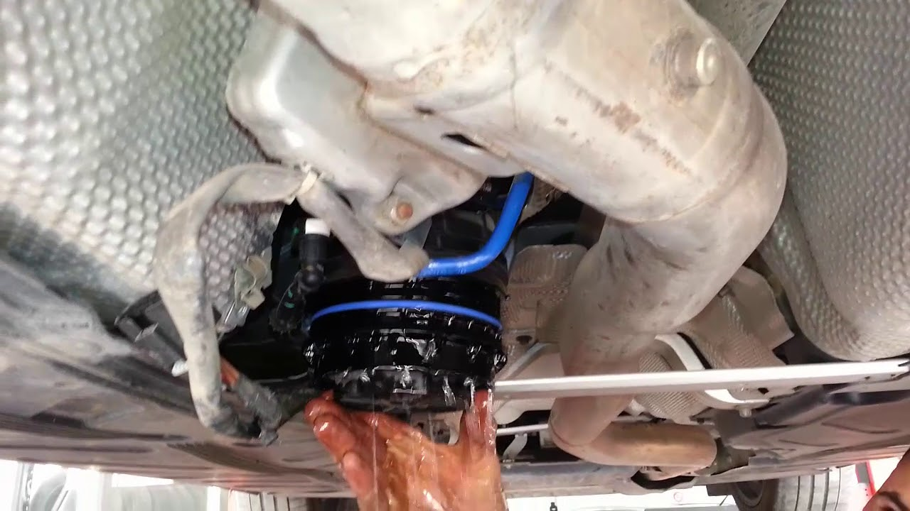 Repeat Changement filtre a gasoil Mercedes ( W213 / W177) by Mister
