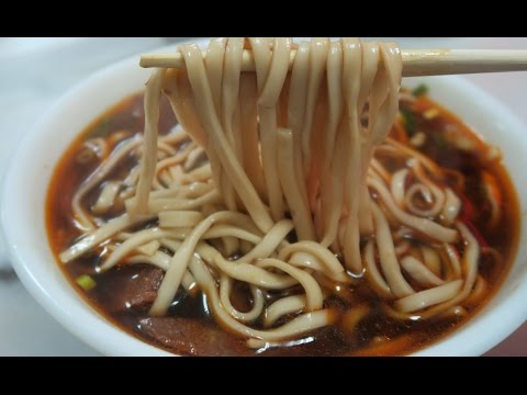 Best BEEF NOODLE SOUP in Taipei: Taiwan Beef Noodle Soup Tour Part 1