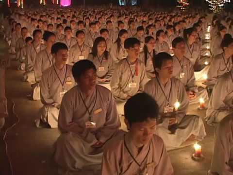 Đêm Hoa Đang Lễ Vía Phật A Di Đà Tại Chùa Hoằng Pháp 4/8