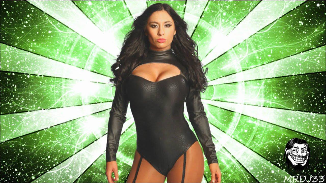 Maxine WWE photos