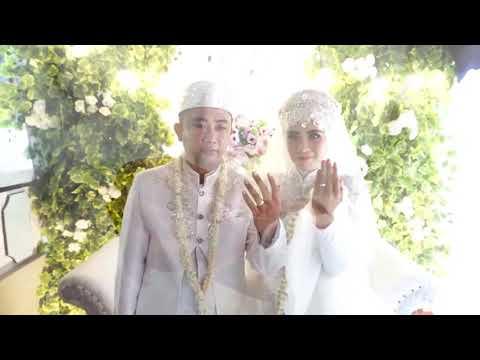 Cinema wedding iin moment