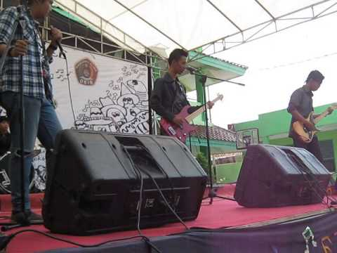 silver band at MAN14 JAkarta Timur