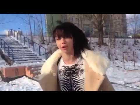 хотите увидеть голых девок зимой? - ответ прост