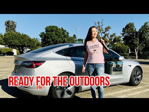 Tesla Model 3 Camping & Outdoors Accessories - All Weather Mats & Soft Cooler