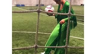 """بالفيديو.. سجى كمال أول لاعبة كرة قدم """" سعودية """" تدخل موسوعة جينيس - صحيفة صدى الالكترونية"""