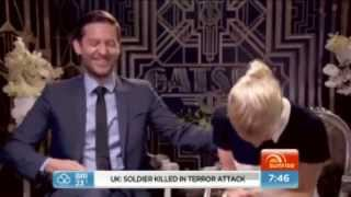 Carey Mulligan and Tobey Maguire Gatsby Interview(CANT STOP LAUGHING)