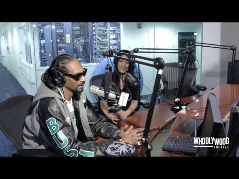 Snoop Dogg Speaks on Suge Knight, NWA Movie & Hillary Clinton with DJ Whoo Kid (Video)