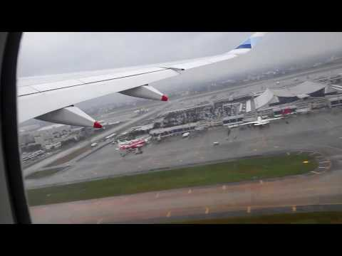 China Airlines A350-941 Taiwan Taipei Taoyuan International Airport Takeoff
