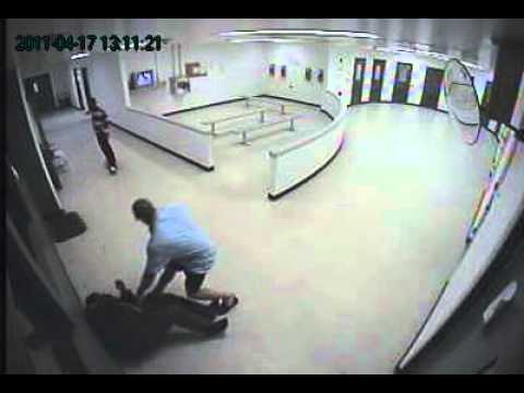Inmate gets crazy attacks officer at Pinal County Jail