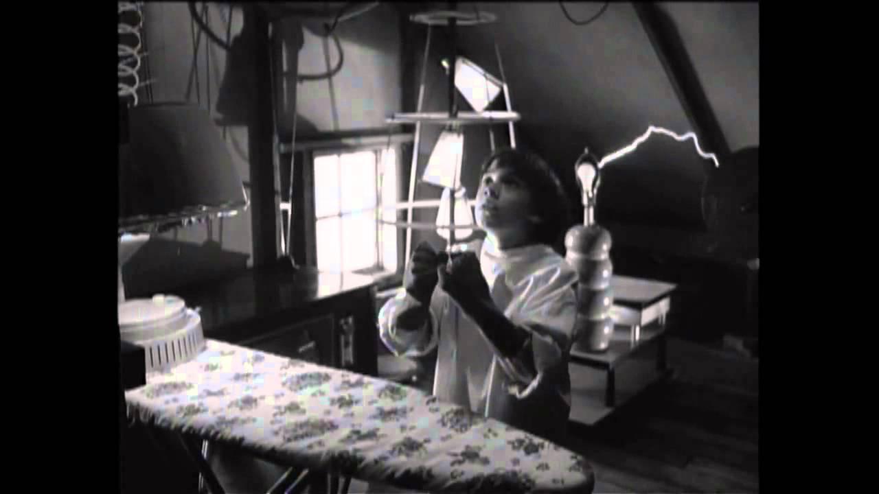 Disney Original 1984 Frankenweenie Bringing Back Sparky Film Clip Hd Youtube