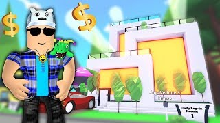 ROBLOX: I BOUGHT A MILLIONAIRE MANSION AT ADOPT ME!! -Play Old man