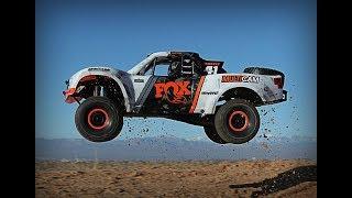 Радиоуправляемый грузовик Traxxas Unlimited Desert Racer   Новинки Наука и техника
